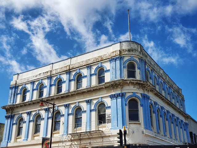 Photo of the blue and white building at 1 Don Street, Invercargill