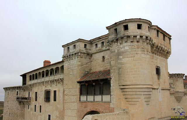 Castillo de Cuellar (Segovia).jpg