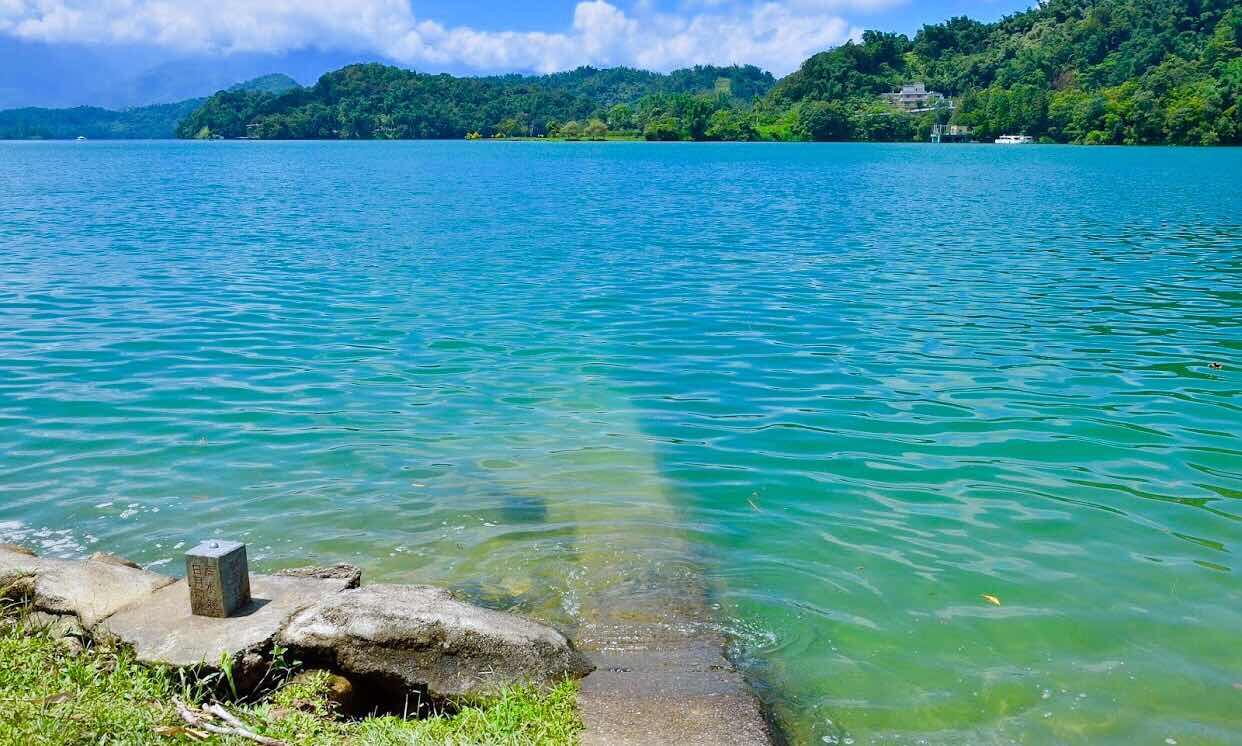 sun moon lake nantou taiwan shuishe dam