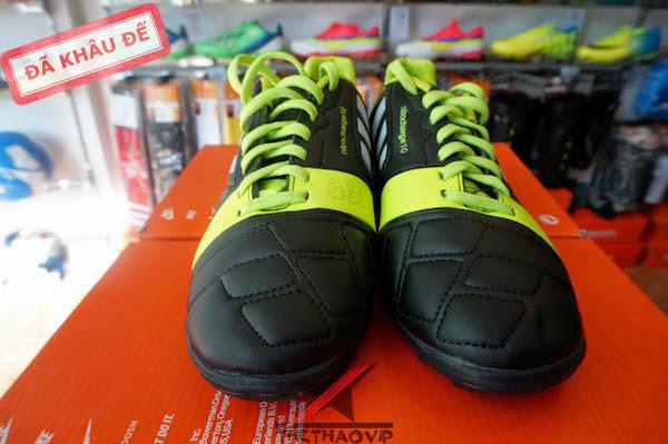Giày đá bóng sân cỏ nhân tạo Adidas mới nhất 5
