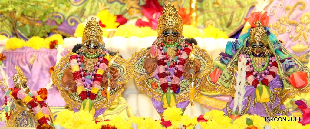 ISKCON Juhu Sringar Deity Darshan 11 Jan 2016  (43)