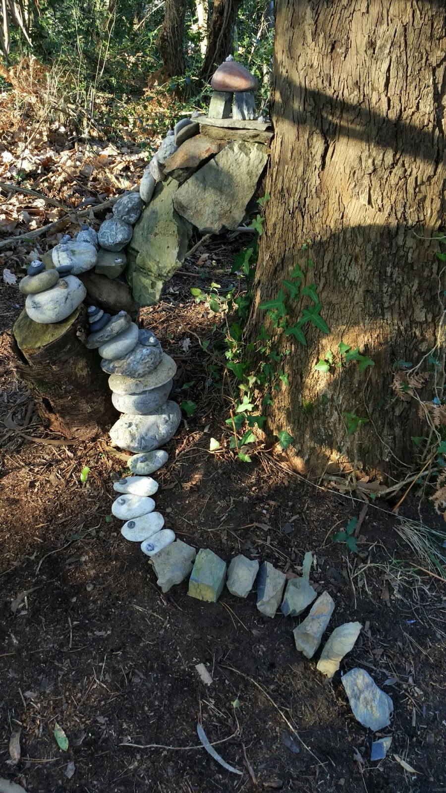 Planeta bilbao piedras rampantes con pagoda sobre un - Informacion sobre el eucalipto ...