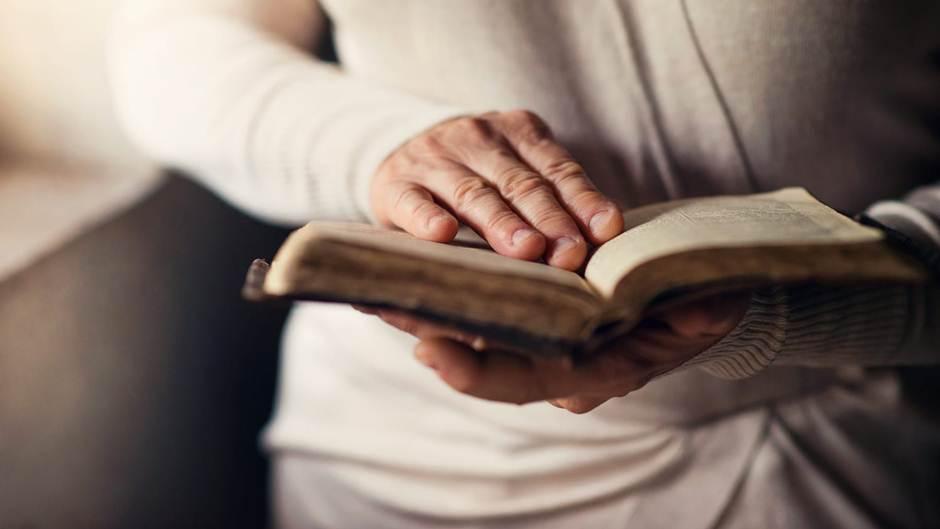 Hãy ca ngợi Chúa bằng cuộc sống hiện tại