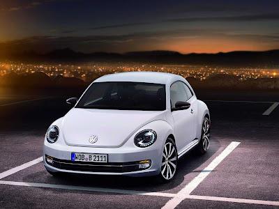 Volkswagen-Beetle_2012_1600x1200_Front_Angle_03
