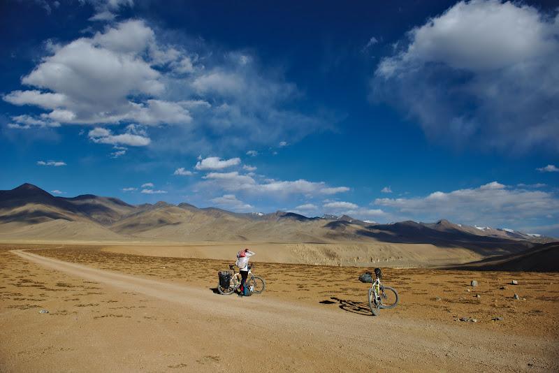 Moore plains, un loc la 4700 de metri unde privirea si sufletul pot sa zburde libere.