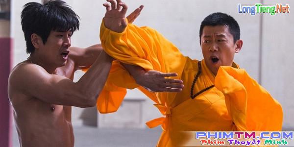 Phim về huyền thoại võ thuật Lý Tiểu Long dính nghi án phân biệt chủng tộc - Ảnh 3.
