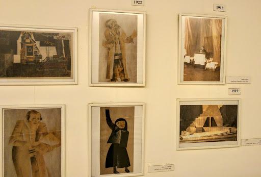03 Фотографии с первых спектаклей Габимы и иллюстрации к ним на выставке в театре.jpg
