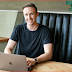 Ryan Robinson is an entrepreneur, content marketer and online educator