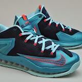 Nike LeBron XI Low Listing