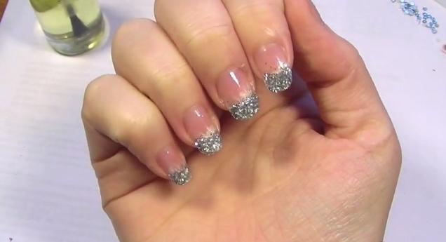 Gold and Shimmer Nail Shimmer | Hey Jade!