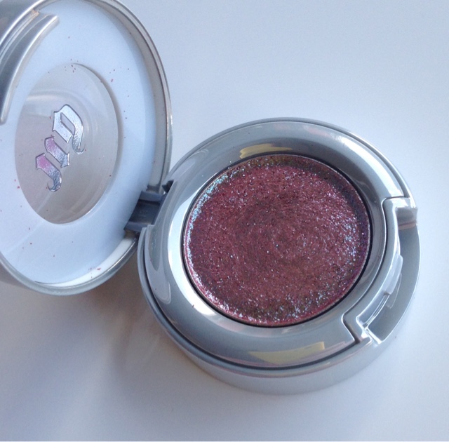solstice is a beautiful duo chrome pressed glitter shdow