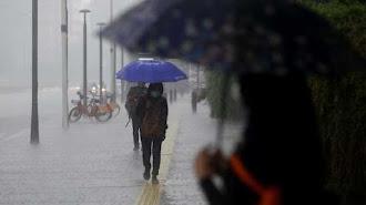 BMKG Keluarkan Peringatan Hujan Lebat di Sejumlah Wilayah Indonesia