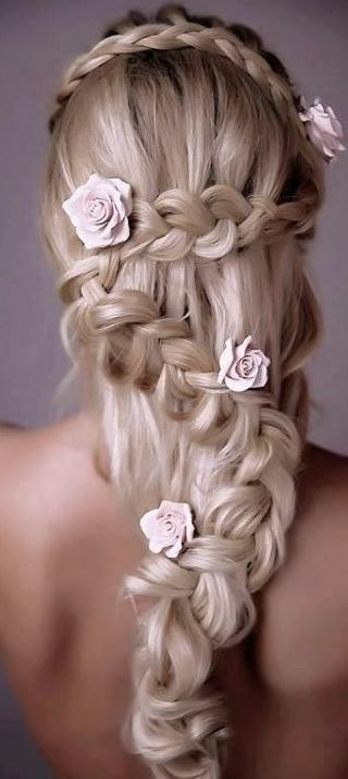 Top 12 Long Hairstyles For Women For This Season 5