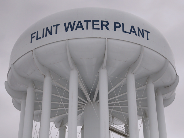 Company gets no answer from Flint on offer of free replacement plastic pipe system