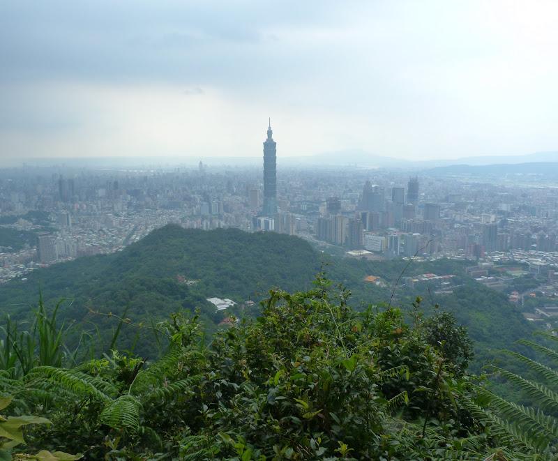 Taipei. Si Shou Shan, et la découverte des maisonnettes du professeur Y I   易教授 - P1340836.JPG