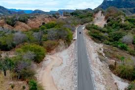 Exhortan a rehabilitar tramo carretero Los Herrera–Tamazula, en Durango