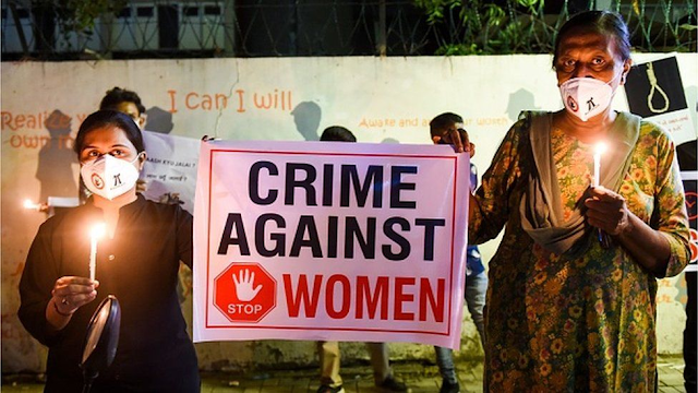Hardoi: India man arrested for beheading teenaged daughter