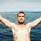 âncora-grande-tatuada-nas-costelas-de-homem.jpg