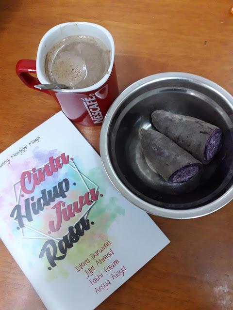 Antologi Mengejar Mimpi oleh Idora Darwina, Jaja Ahmad, Fathi Fatim dan Arsya Aisya