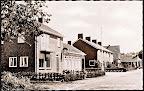 Midwolda.  Hoofdweg met Raiffeisenbank - Spaarbank.  Gelopen gestempeld in 1968.