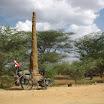 2011-03-24 16-13 Kenia - termitowe drapacze chmór.JPG