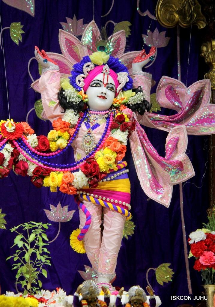 ISKCON Juhu Sringar Deity Darshan 5 Jan 2017 (37)