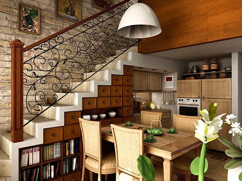 espacio debajo de escaleras usado como cocina