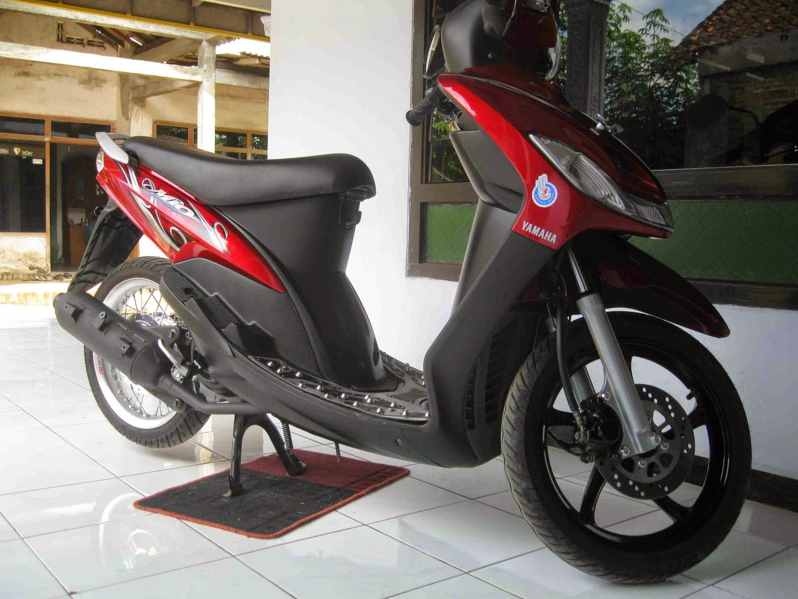 terbaru modifikasi motor mio sporty warna merah