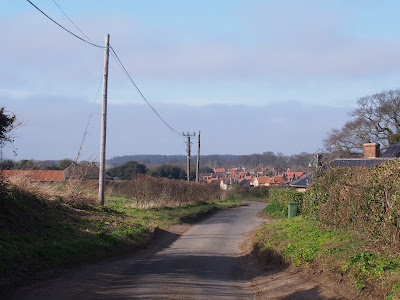 Lane down into Burnham Market