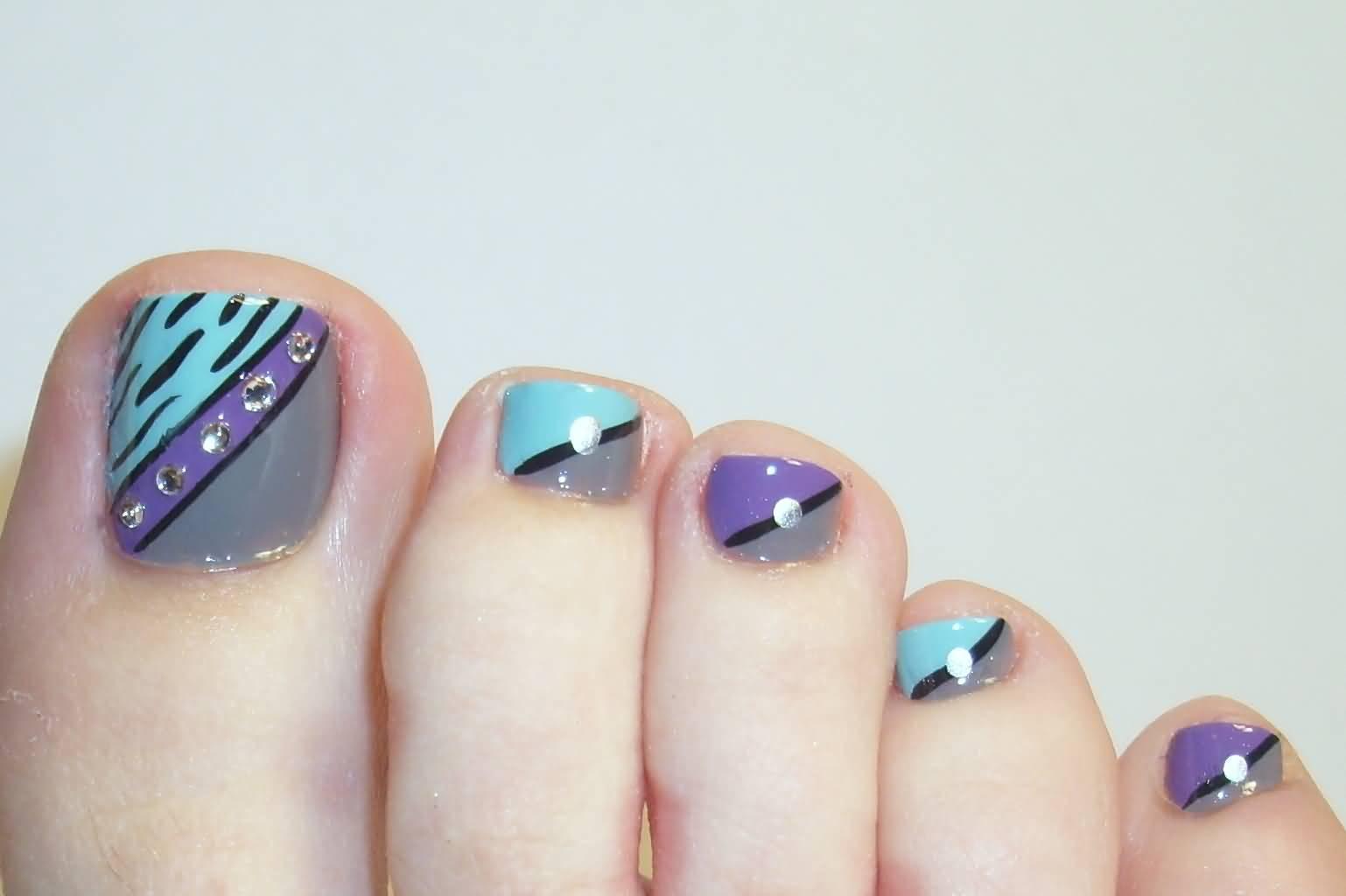 Toe Nail Designs Navy Blue: Navy blue and yellow pedi design nail ...