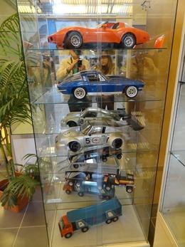 2017.10.23-117 voitures miniatures