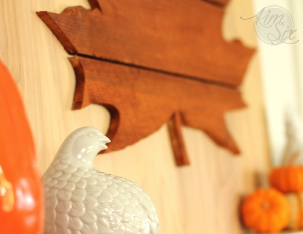 Partridge fall mantel with wooden leaf