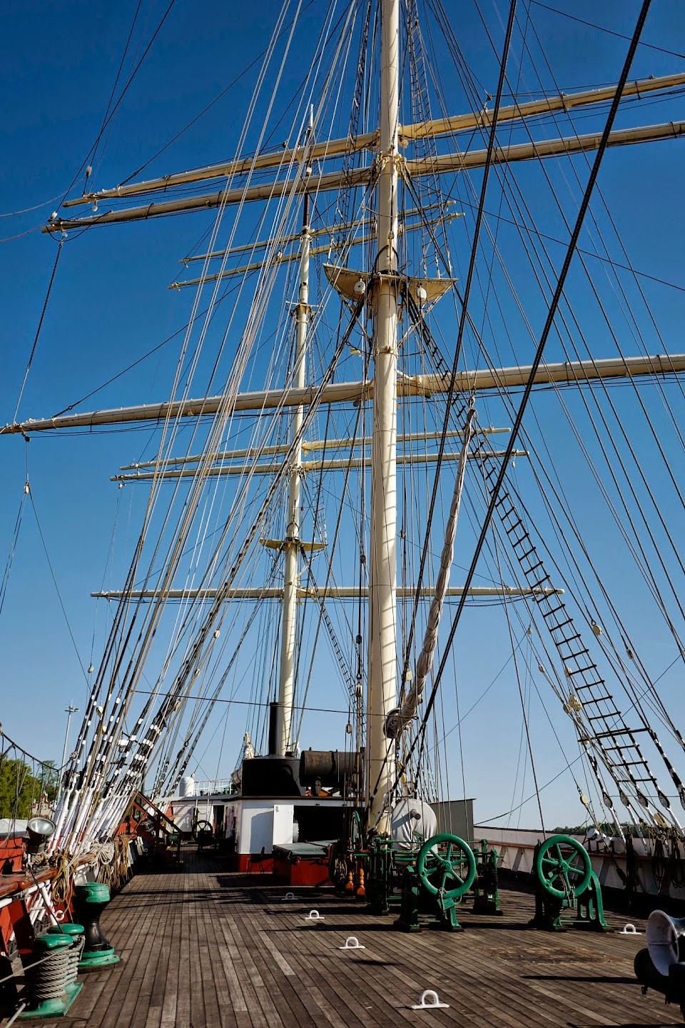 2015-06-28-goh-visit-to-aland-maritime-museum-and-pommern - L1020658.jpg
