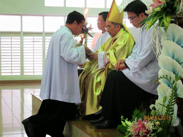 Thánh lễ trao Thừa tác vụ Đọc Sách và Giúp Lễ tại Đại Chủng Viện Sao Biển