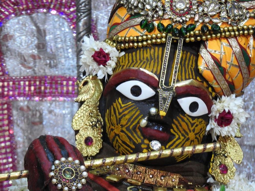 Radha Govind Devji Deity Darshan 05 Jan 2017 (4)