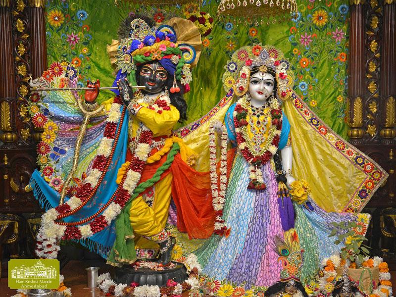 ISKCON Hare krishna mandir Ahmedabad 12 Dec 2016 (1)