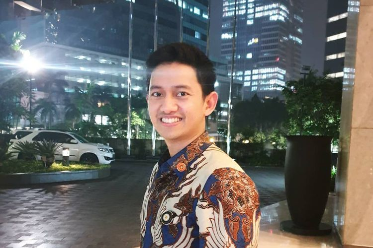 Pandemi Corona, Stafsus Jokowi Minta Influencer Kampanye Masker Kain