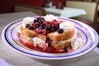 Berry-french-toast-jimmysresize-800px.jpg