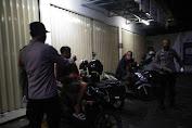 Polsek Balaraja Gelar Apel Bersama Persiapan Patroli Oprasi dan Pembagian 250 Masker