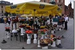 7 marchand de fleurs devant ND