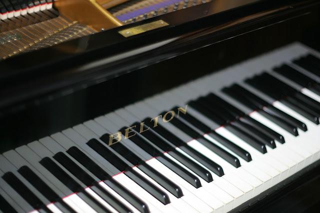 ベルトーンピアノ グランド