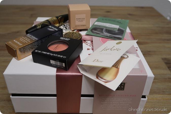 Douglas Haul Einkauf Bestellung Online Shop Rituals of Sakura MAC Kosmetik Cosmetics Estee Lauder Company Goodies Gutscheine Rabattcode Blush Creme Bodylotion Duschschaum Duschgel Body Peeling Dior 1