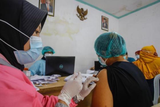 Kemenkes Belum Kirim Vaksin, Vaksinasi Anak di Surabaya Tertunda
