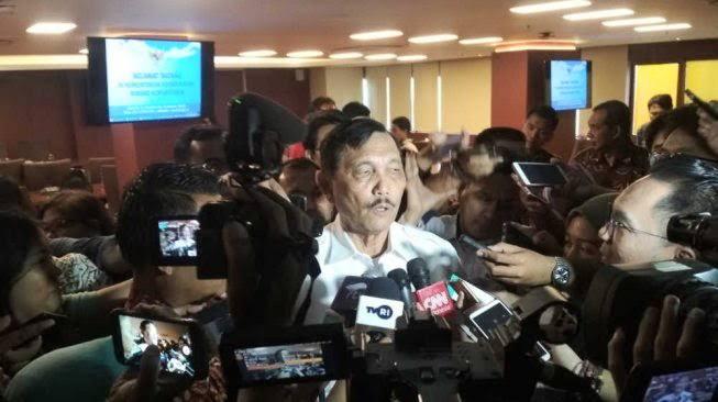 Gelar Konferenai Pers Tatap Muka saat Corona, Kementerian Pimpinan Luhut Panen Cibiran Warganet
