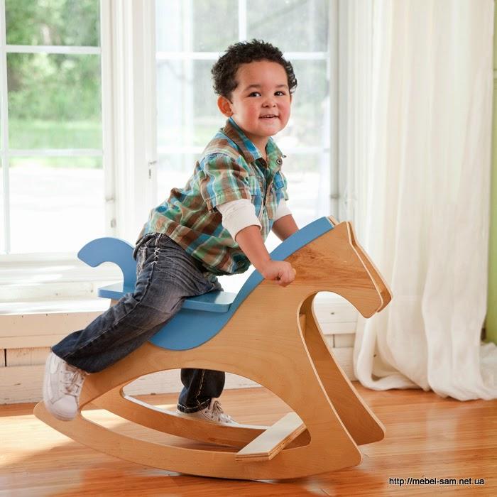 Фанерная лошадка качалка в процессе использования)))