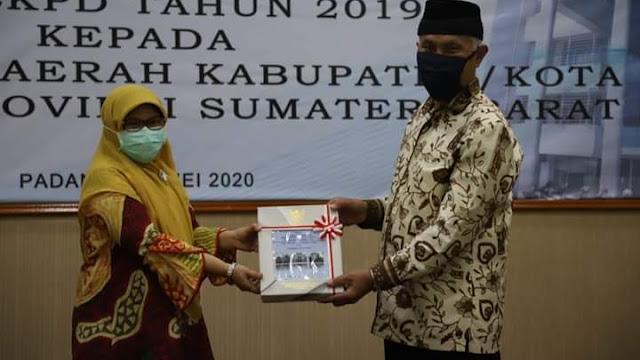 Mantap! Enam Kali Berturut-Turut, Kota Padang Raih Opini WTP LKPD 2019.