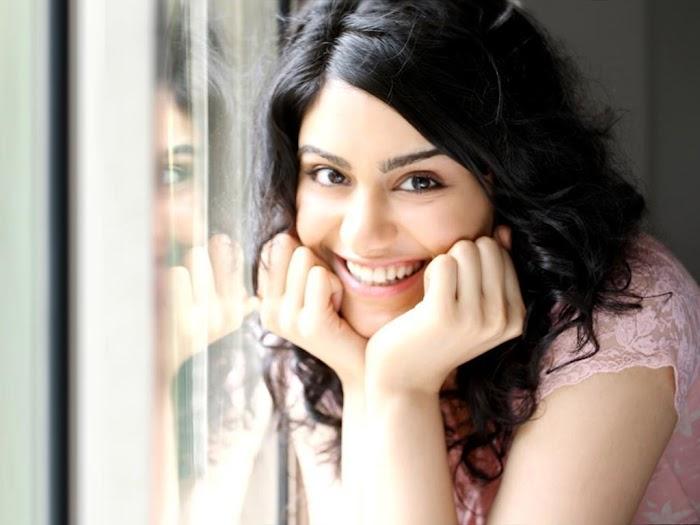 Gorgeous Adah sharma cute smile photoshoot