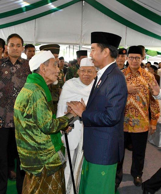 Presiden Jokowi disambut Pengurus Besar Nahdlatul Ulama