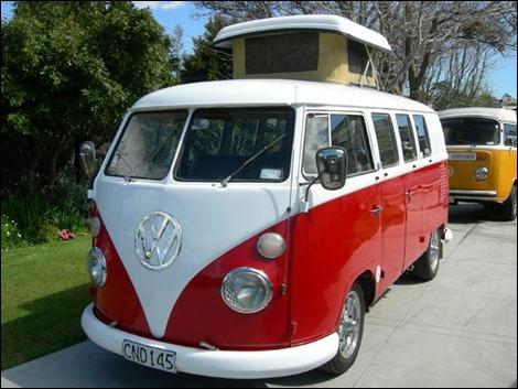 Original-Lego-VW-T1-Camper-Van-10220