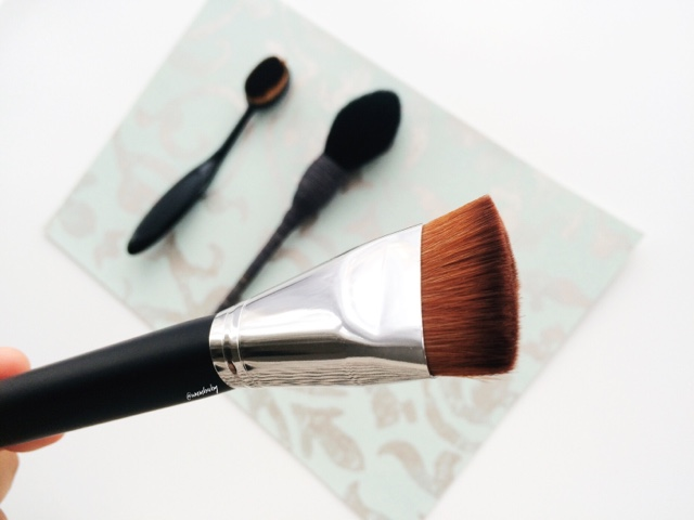 best contour brush